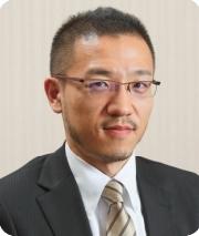 窪田朋一郎